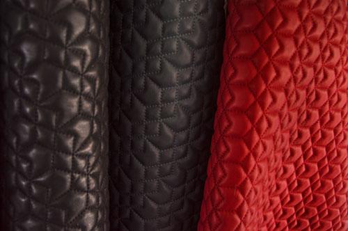 Peles com Textura Preto Cinza e Vermelho